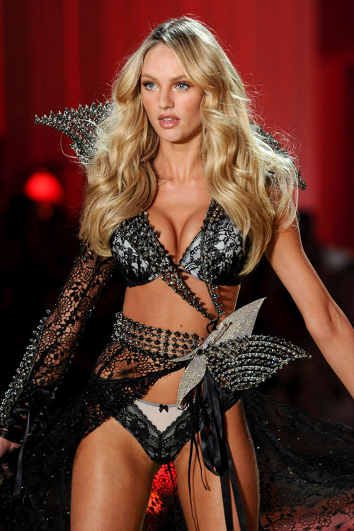 нижнее бельё Victorias-Secret Fashion-Show 2010-2011
