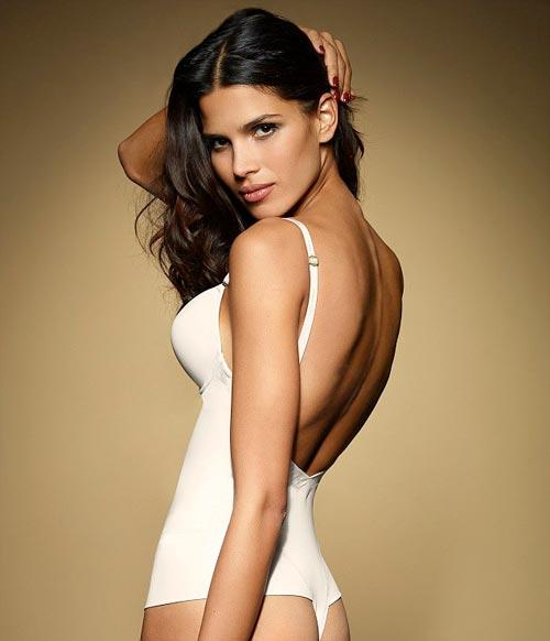 http://v-krujevah.ru/belye/corsets/korsety-v-krujevah.ru-10.jpg