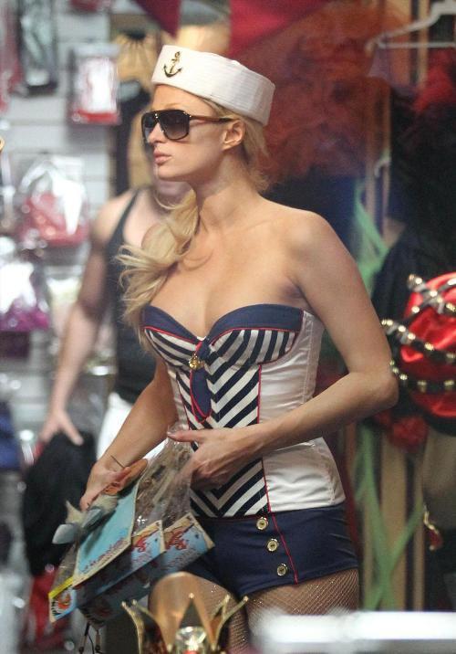 http://v-krujevah.ru/belye/corsets/korsety-v-krujevah.ru-17.jpg