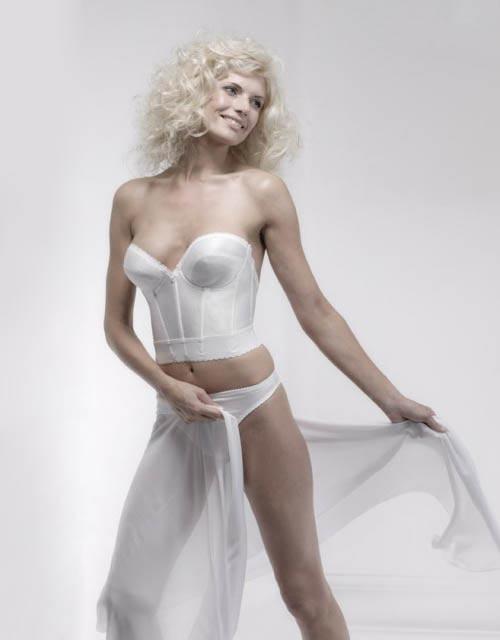 http://v-krujevah.ru/belye/corsets/korsety-v-krujevah.ru-31.jpg