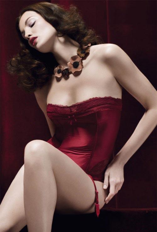 http://v-krujevah.ru/belye/corsets/korsety-v-krujevah.ru-44.jpg