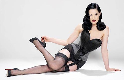 http://v-krujevah.ru/belye/corsets/korsety-v-krujevah.ru-56.jpg
