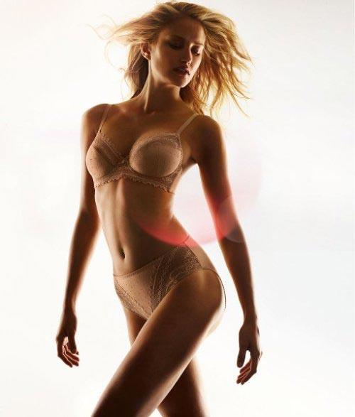 Корректирующее белье весна-лето от Triumph 2011