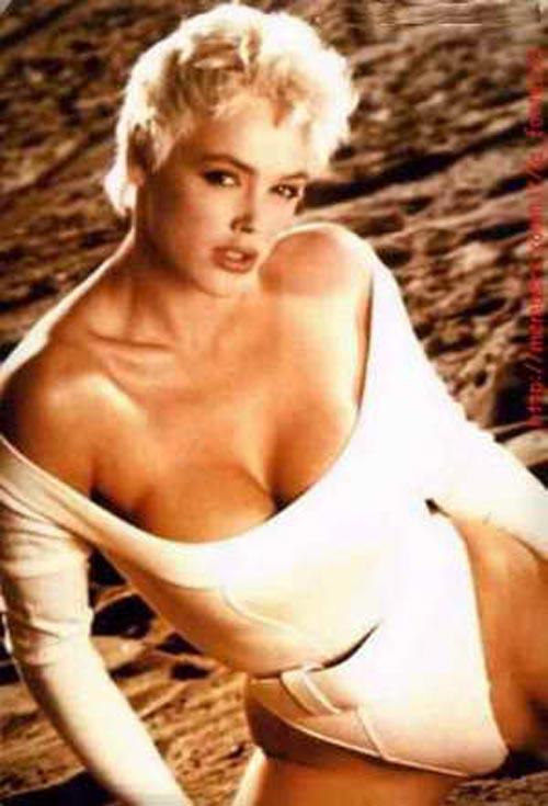Brigitte-Nielsen в купальнике