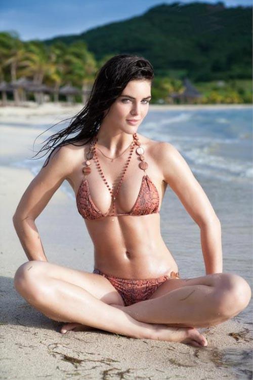 Brooke-Shields в купальнике