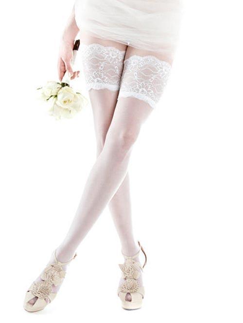 белые свадебные чулки 2013 - фото