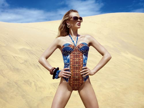 Фото красивые слитные купальники 110 вариантов для пляжа