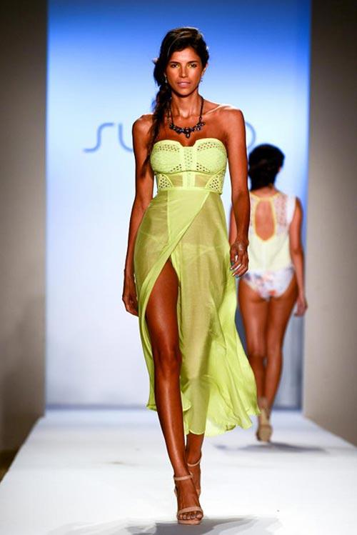 купальники и пляжные платья 2013