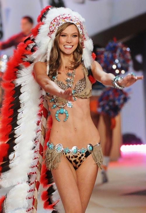 2012 Victoria's Secret Fashion Show в Нью Йорке New York - фото
